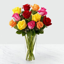 12 Mixed Roses in Vase
